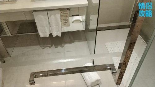 九龍城富豪東方酒店-浴室門