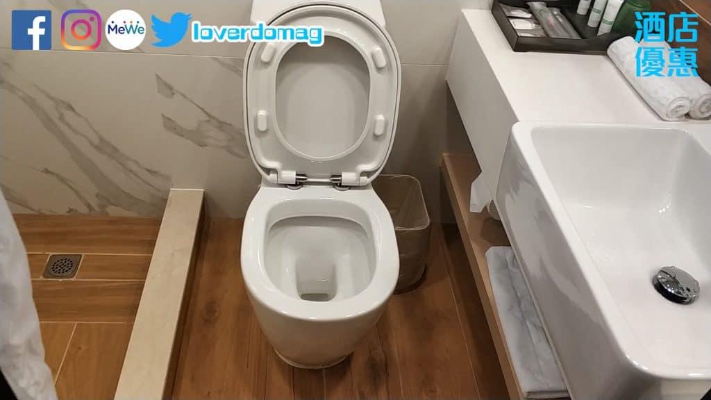 銅鑼灣頤庭酒店-坐廁有足夠空間